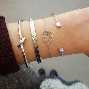4 Piece Set Tree Knot Bracelets